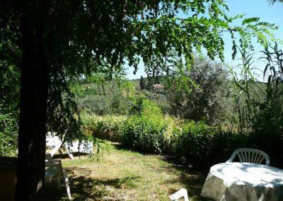 03 il Borgo Casale 1 deel tuin juli 08