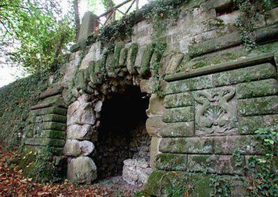 06 Villa il Giardino grotto