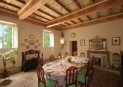 07 Villa il Giardino eetkamer