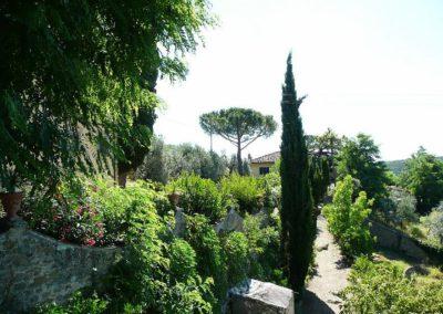29 il Borgo tuin eigenaren vanaf terras Torretta 1