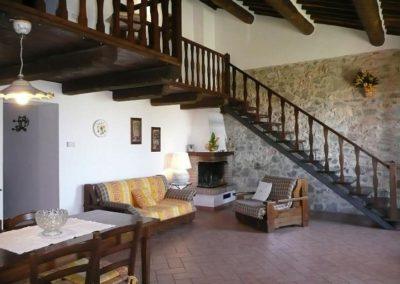 07 Valle del Sole Giallo eetkeuken zitkamer
