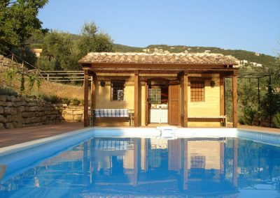 22 Huisje bij zwembad Palombra