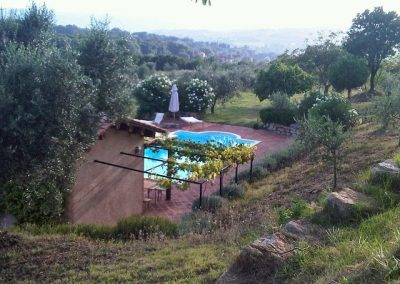 24 Zicht op het zwembad Palombra