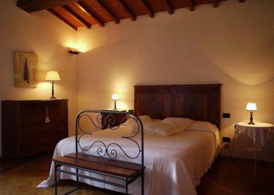 13 Tignano slaapkamer boven