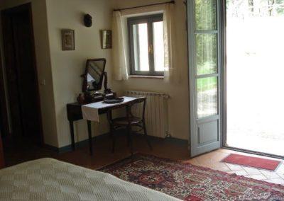 13 Villa Palombara Openslaande deuren in slaapkamer 1