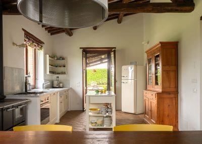 10. Kitchen 1