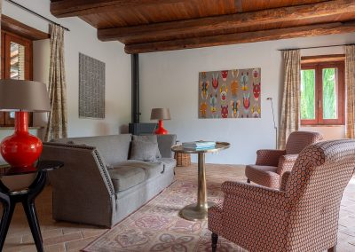 13. Living room detail