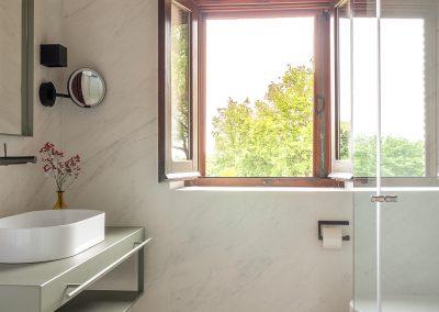 19. Bathroom en suite