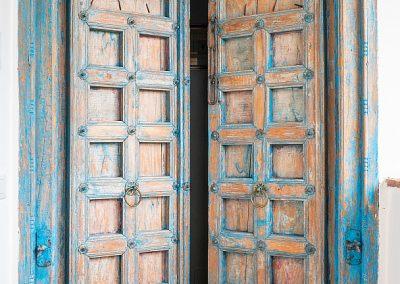 23. Door to bedrooms