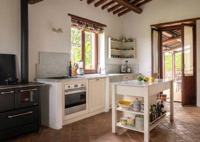 9. Kitchen 2